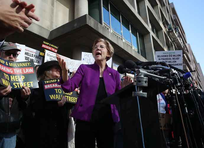 Sen. Elizabeth Warren Says 'Administration Officials Should Invoke the 25th Amendment'