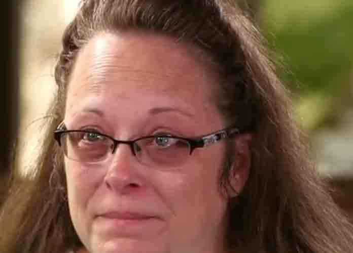 Kentucky County Clerk Kim Davis Must Pay Legal Fees For Gay Couple After Denying Them Wedding License