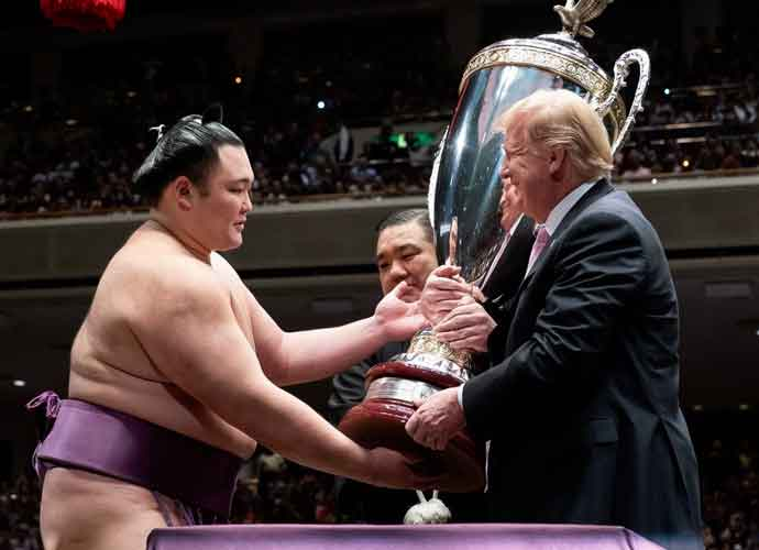 Trump Enjoys A Day Of Golf & Sumo Wrestling In Japan With PM Shinzo Abe