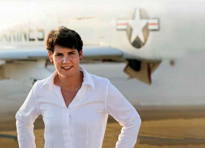 Former Fighter Pilot Amy McGrath To Challenge Mitch McConnell For Senate Seat [VIDEO]
