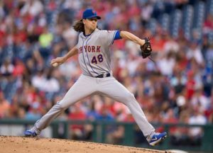 Jacob deGrom #48 of the New York Mets throws a pitch (Image: Getty)