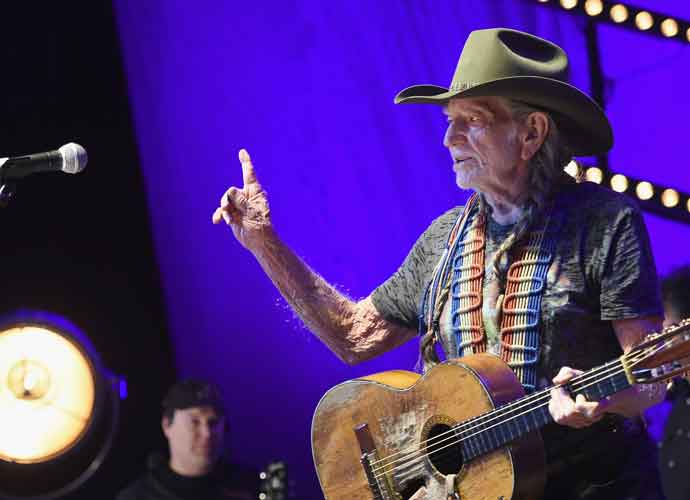 Willie Nelson Petitions To Make 4/20 A National Holiday