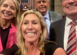 Rep. Marjorie Taylor Green and other House Republican take maskless selfie on House floor (Image: Twitter)