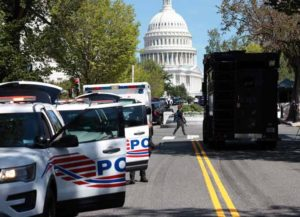 WASHINGTON, DC - AUGUST 19: US Capitol Police respond to a report of an explosive device in a pickup truck near the Library of Congress on Capitol Hill, August 19, 2021 in Washington, DC. The area around the building has been evacuated (Photo by Win McNamee/Getty Images)